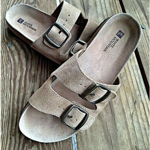 White Mountain Leather Slides